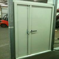 Acoustic double leaf door AD-50  The tightening lever up top and bottom, with a lower threshold is set